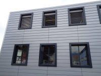 Neu gestaltete S-O Fassade